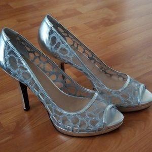 Silver peeptoe heel